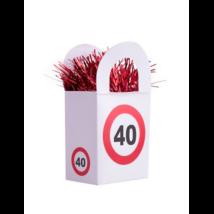 Behajtani tilos 40. születésnapra lufisúly