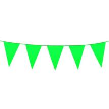 Óriás zöld műanyag zászló 46 x 30 cm 10 m
