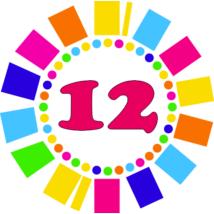 Számos kitűző 12. születésnapra