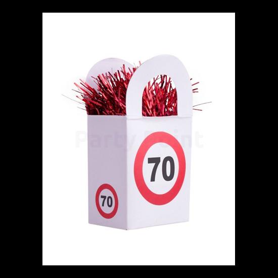 Behajtani tilos 70. születésnapra lufisúly